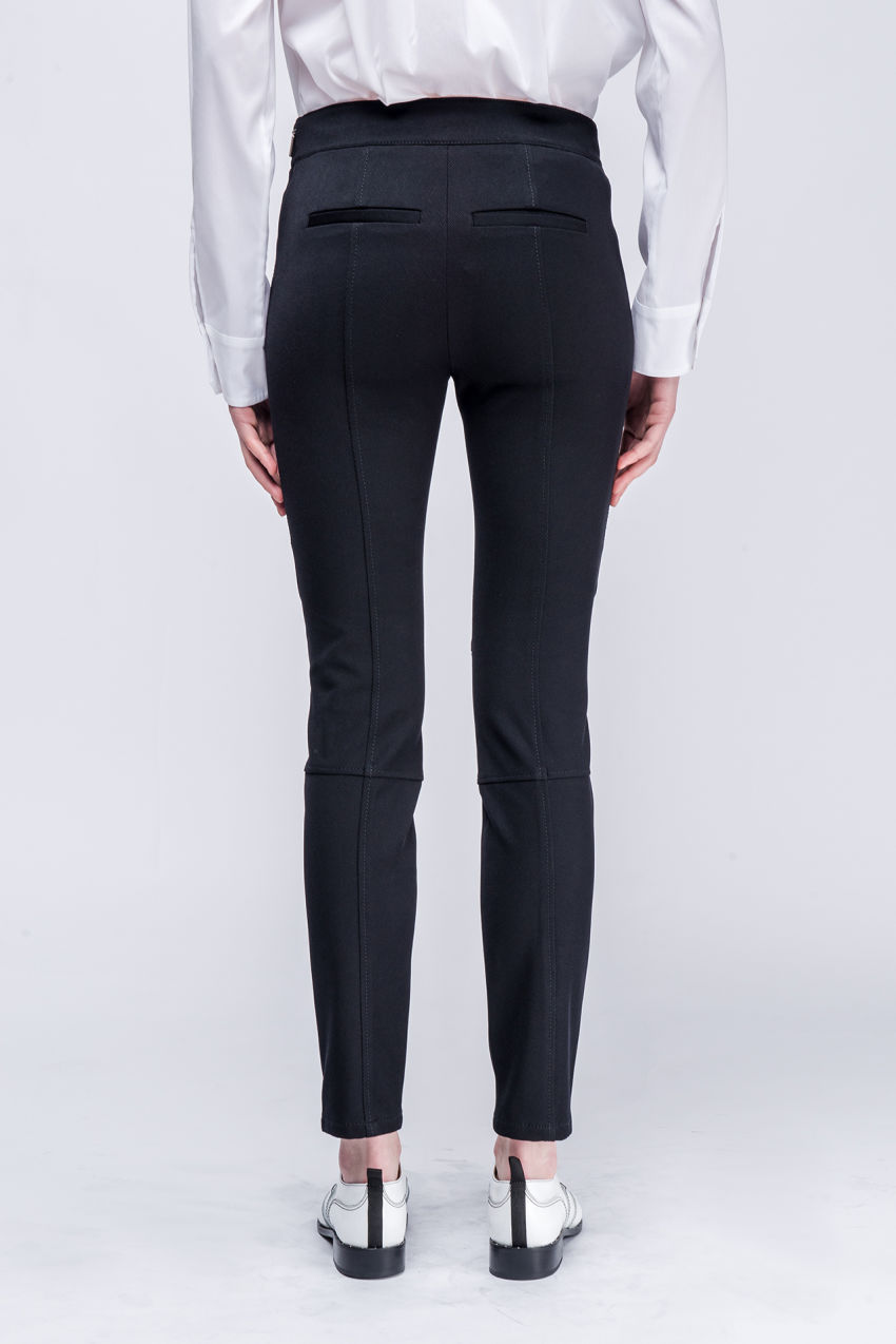 Pants in cavalry twill