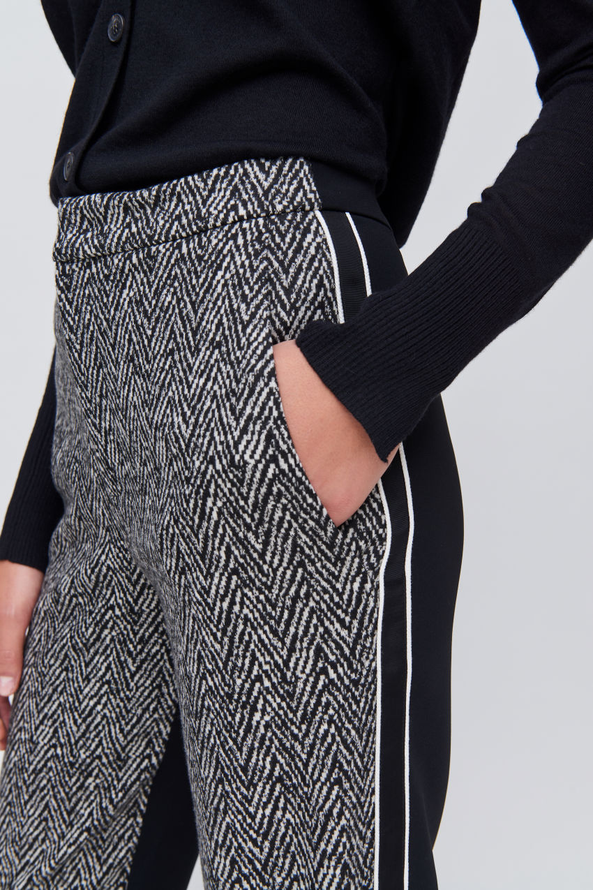 Trousers with contrast stripes