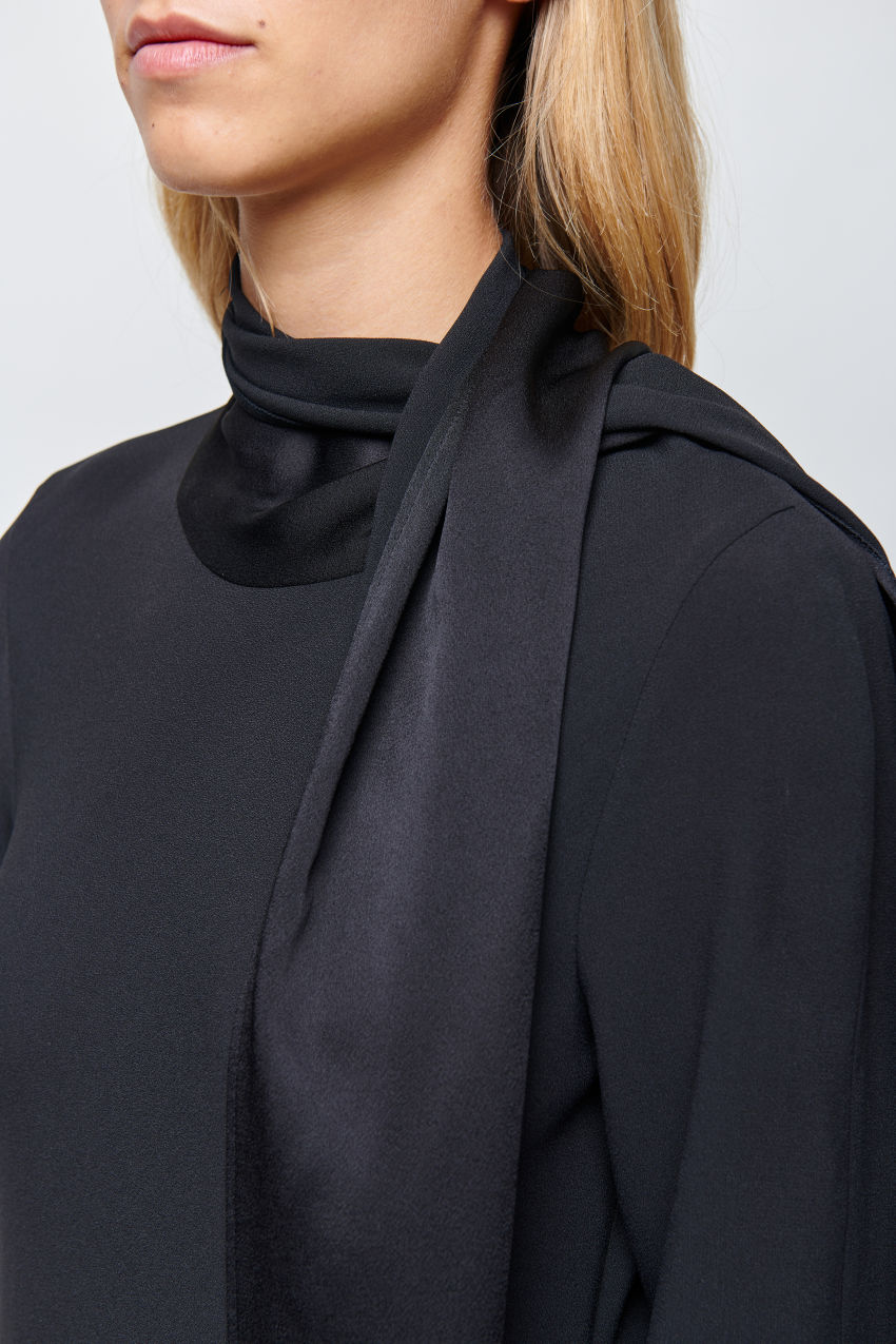 Cady Kleid mit raffiniertem Schal-Detail