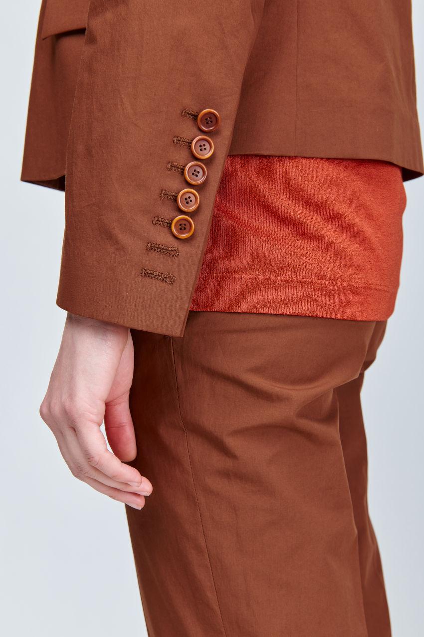 Kurzer boxy  Blazer aus sommerlicher Baumwolle