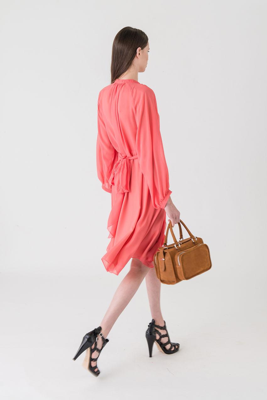 Evening Kleid aus Seide mit Satin Patch