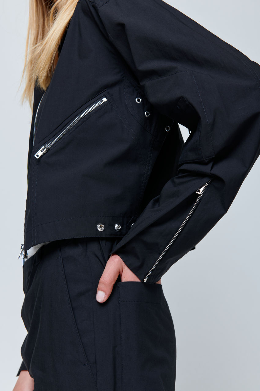 Leichte Jacke aus sommerlicher Baumwolle