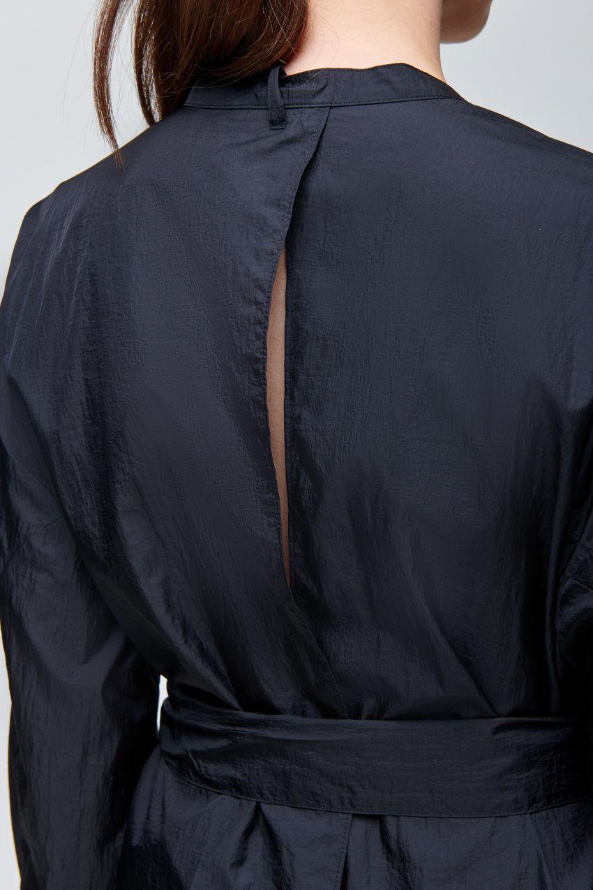 Oversize Kleid aus japanischem Nylon