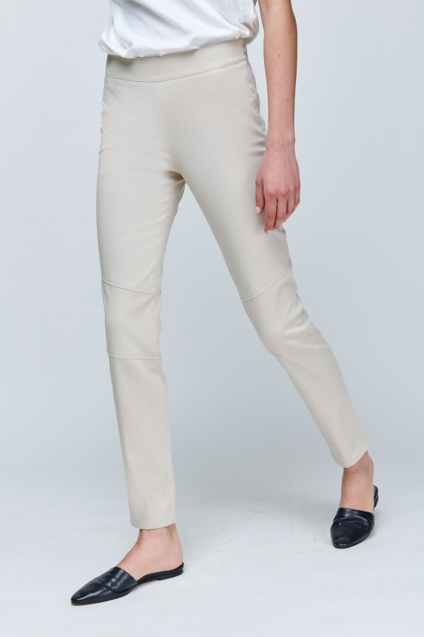 Slim-Fit Hose aus softem Gabardine Stretch