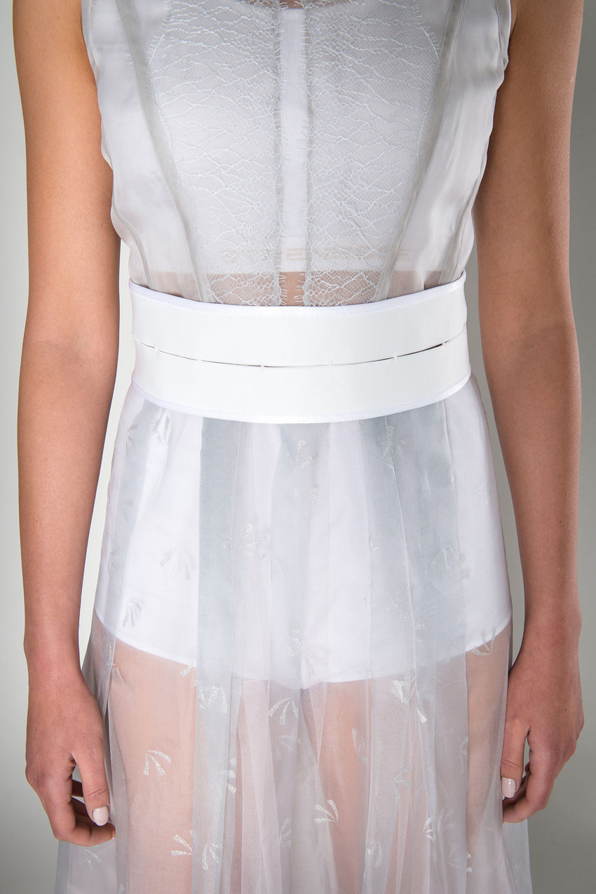 Kleid aus Seiden Organza