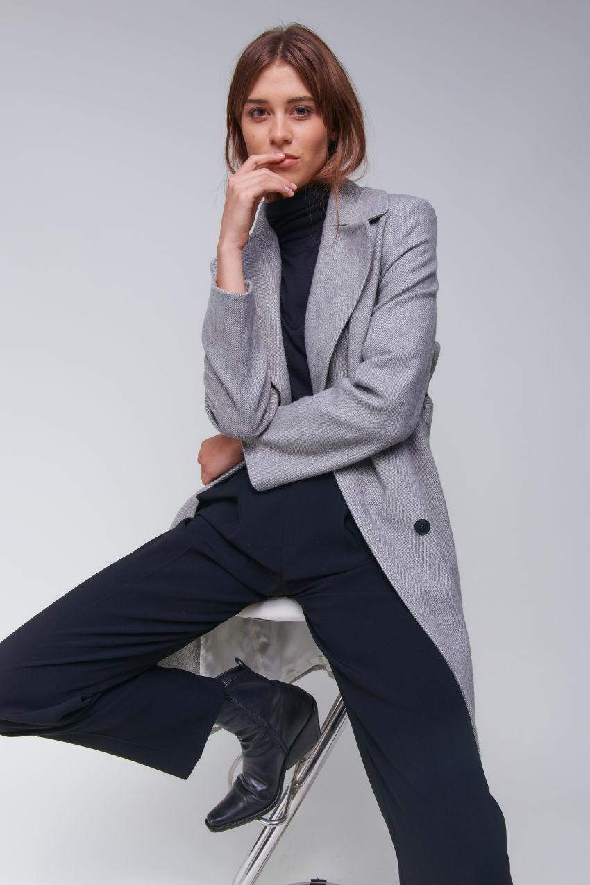 Stylish coat in herringbone design