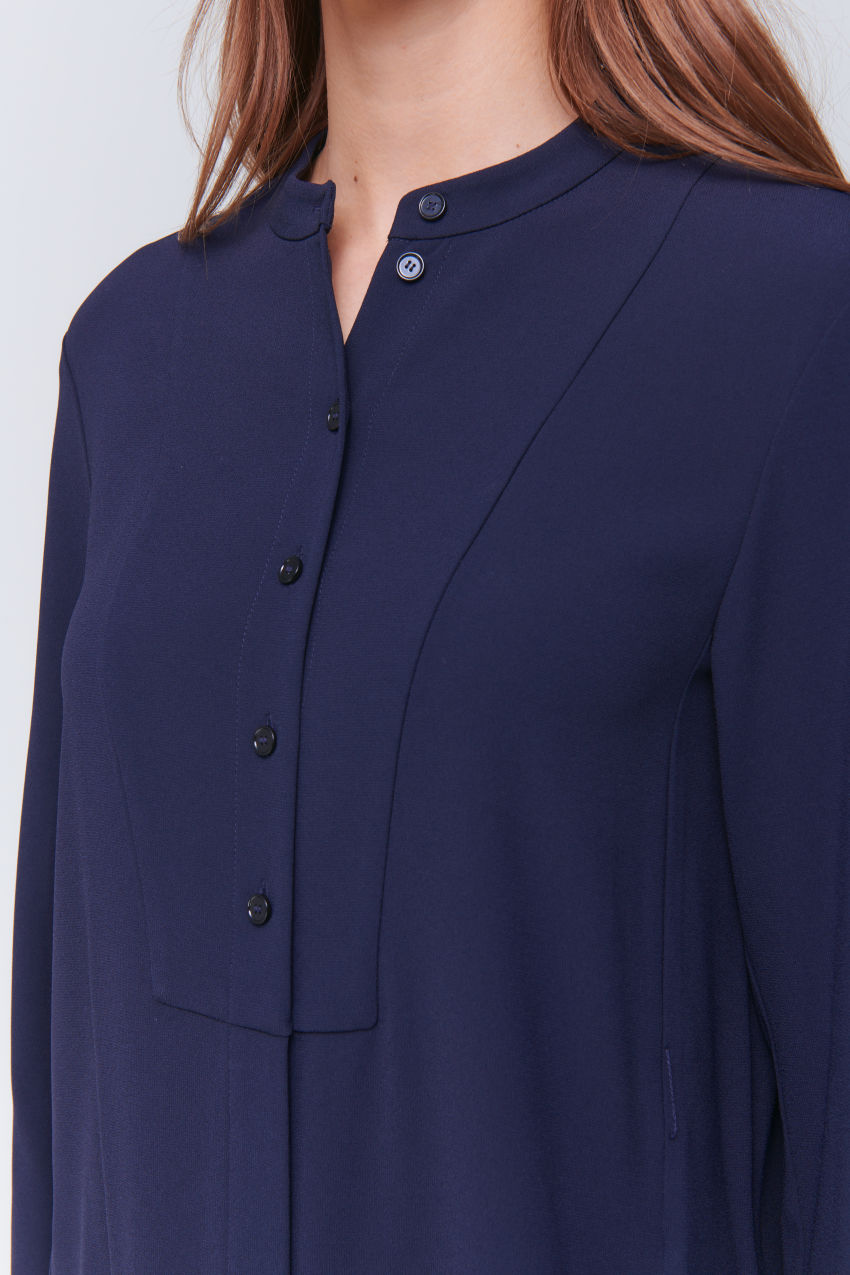Shirt dress in caftan look