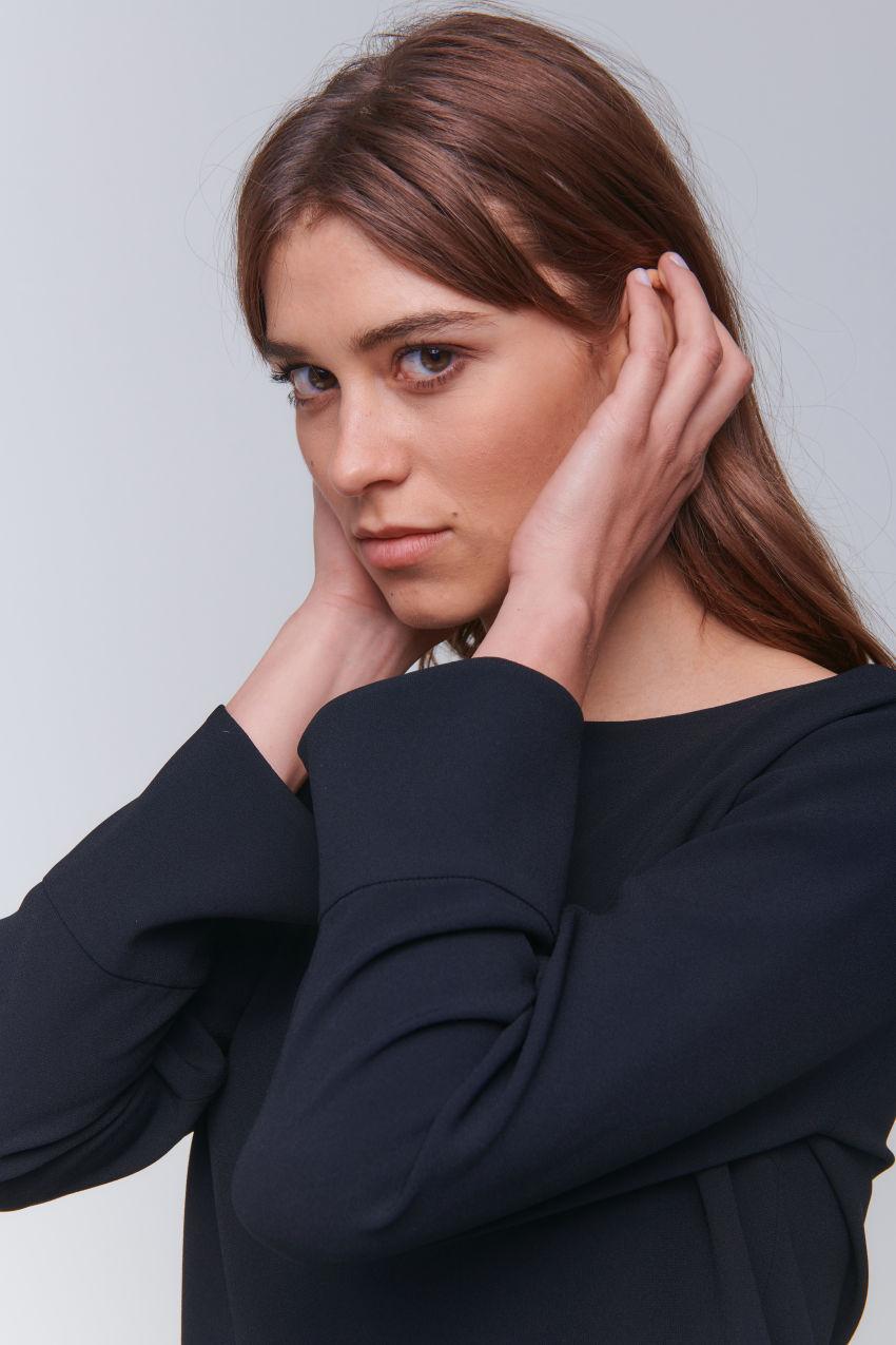 Precious long sleeve top made of crêpe