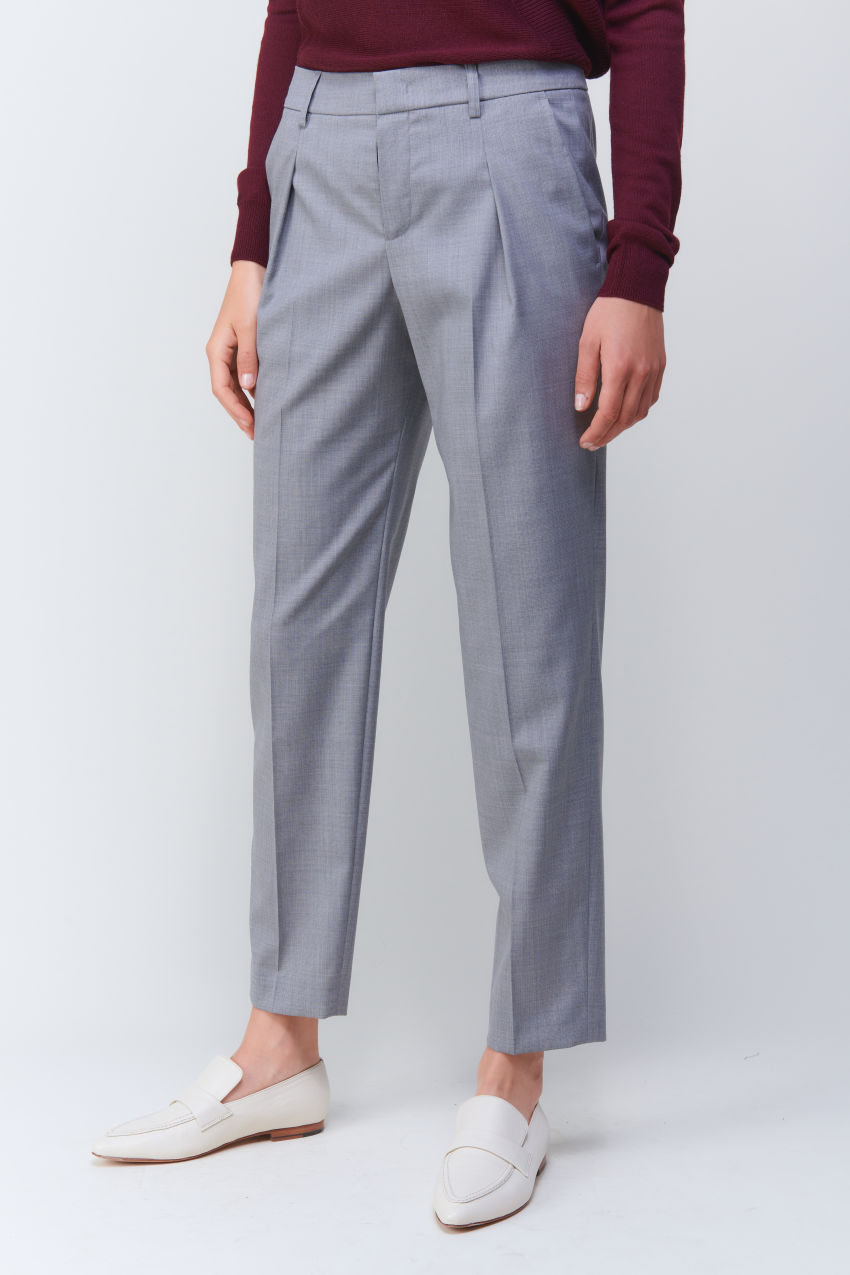 Cropped business trousers in Super 100 quality