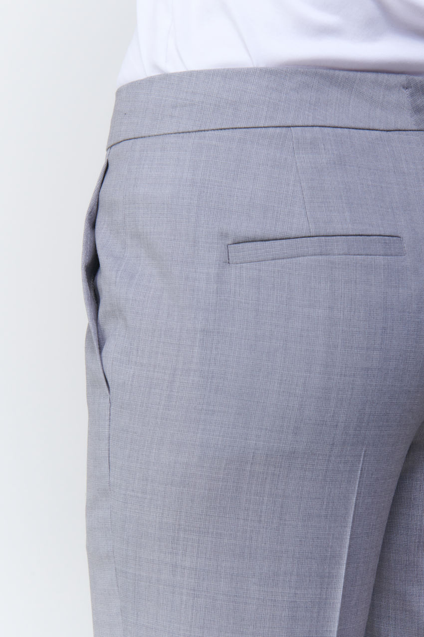 Verkürzte Straight Fit Hose in Super 100 Qualität
