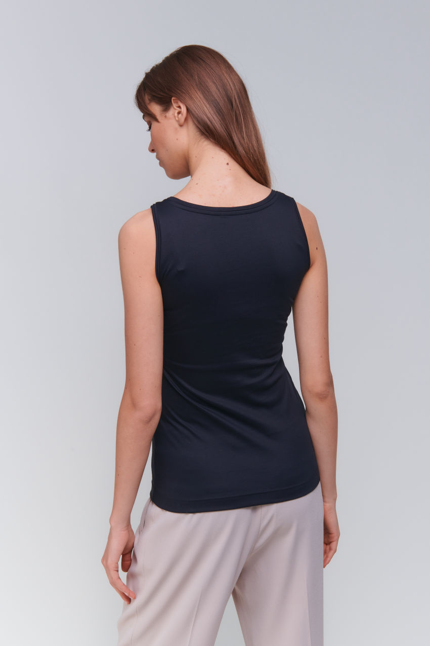 Sleeveless top in interlock cotton