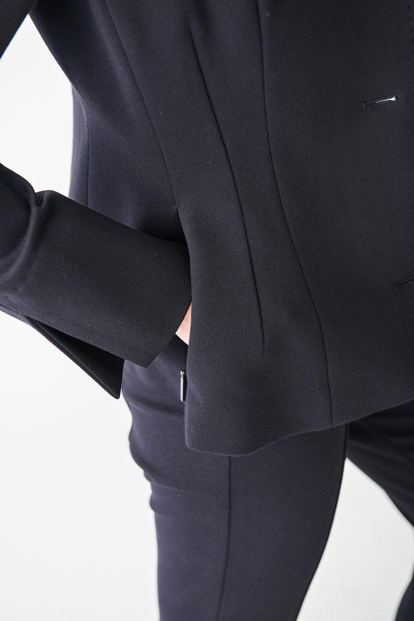 Figur umschmeichelnder Jersey-Blazer
