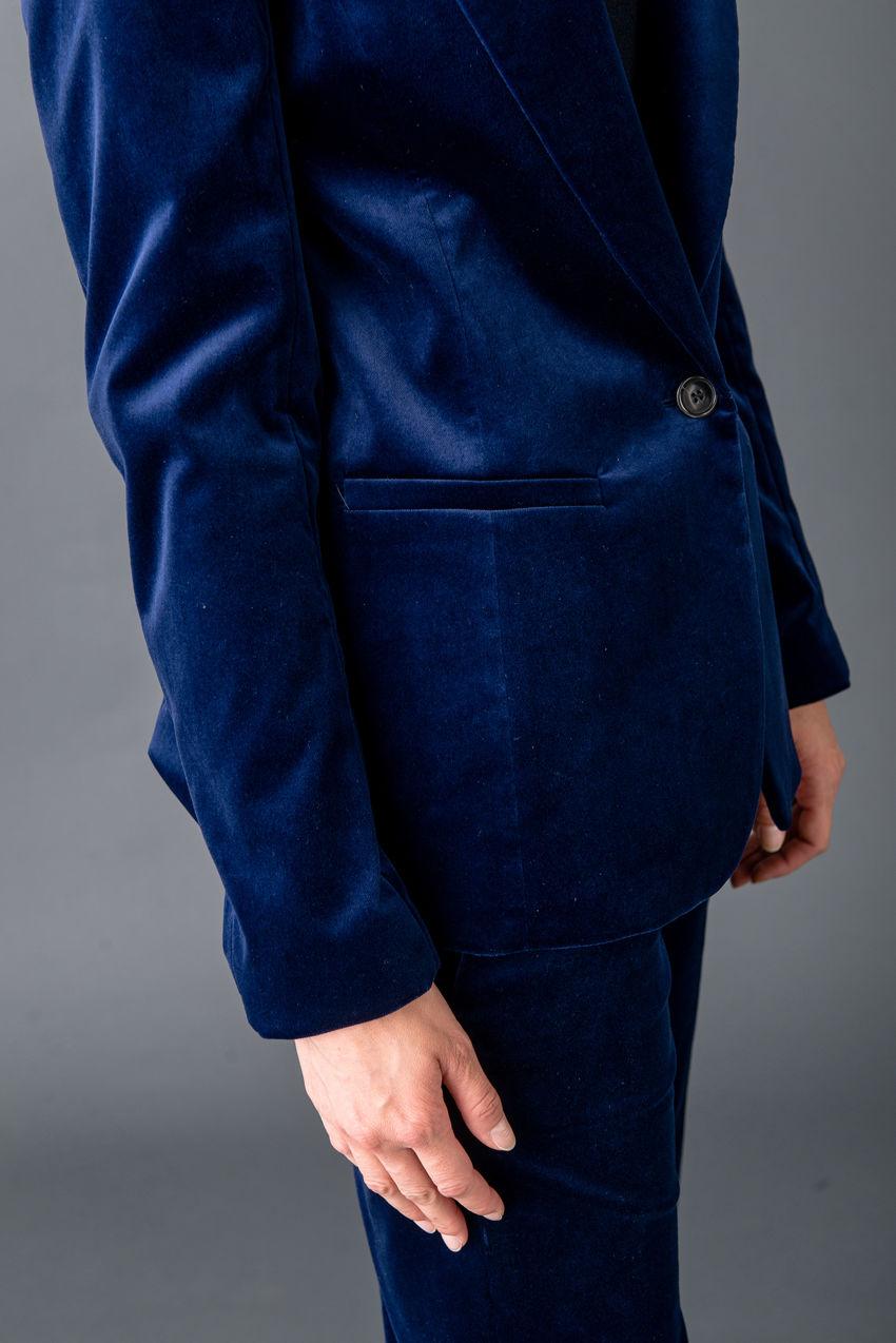 Luxuriöser Ein-Knopf-Blazer aus Stretch Velvet