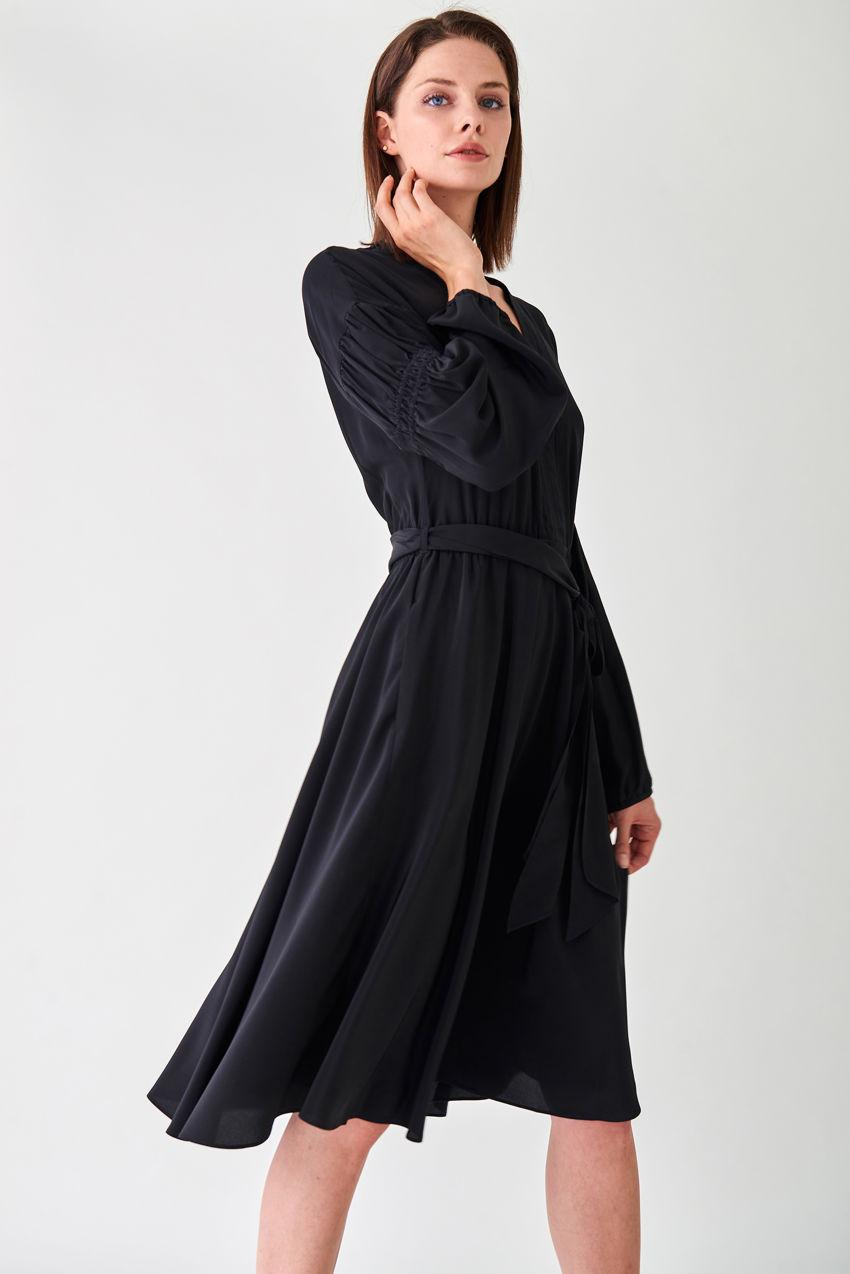 Fluent silk dress in a tunica style