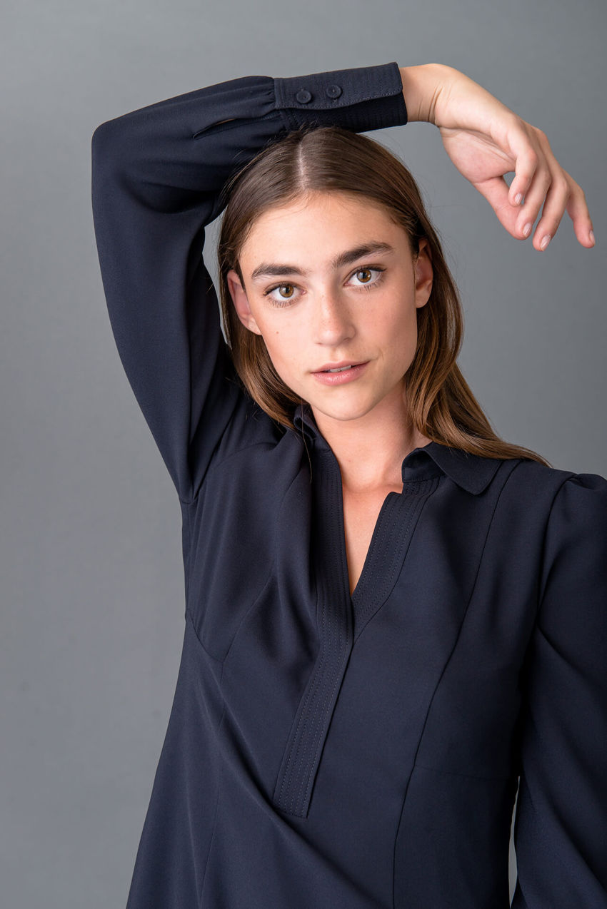 Modernes Hemdblusenkleid
