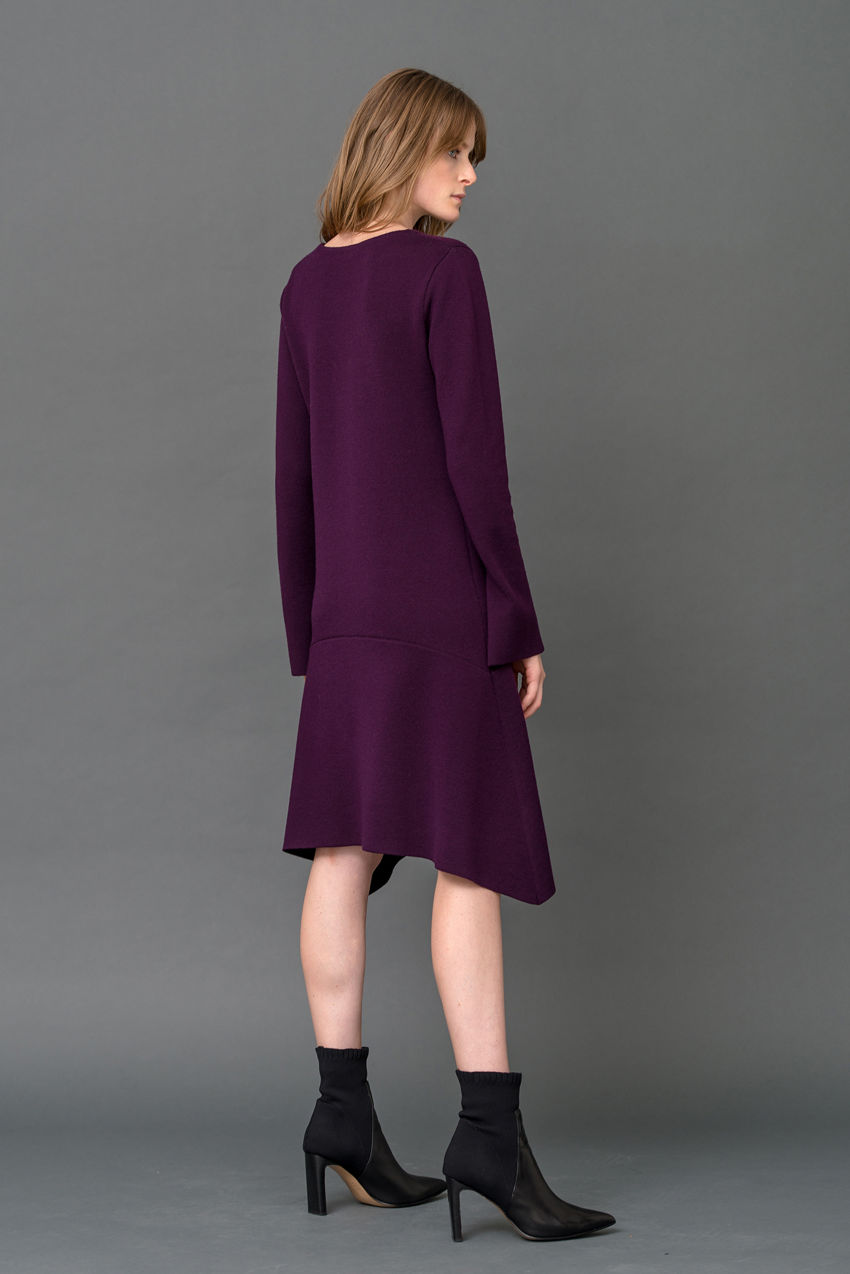Langarm-Kleid aus Schurwolle