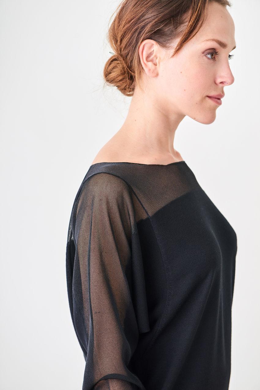 Shirt mit Fledermausärmel und see-through effect