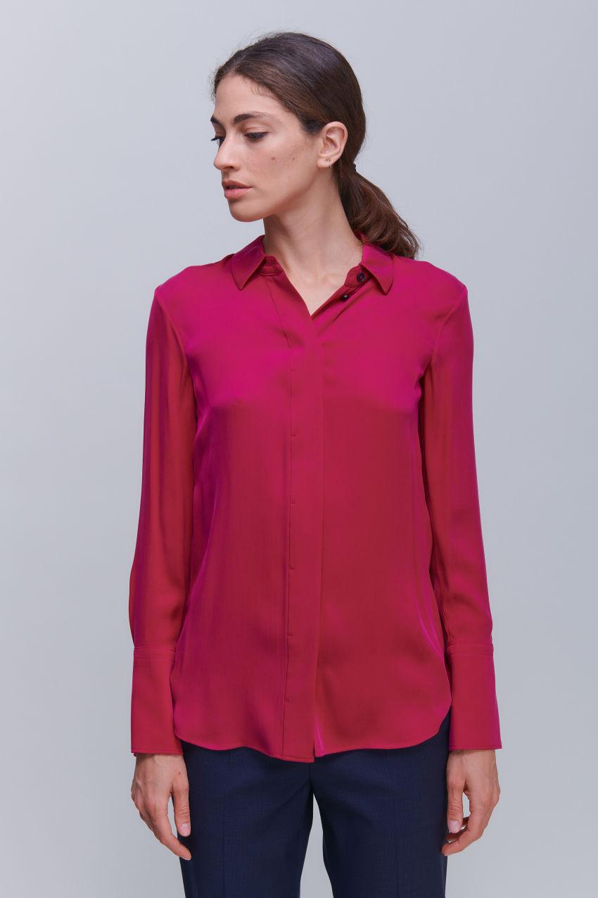 Hemdbluse aus luxuriösem Seiden Stretch