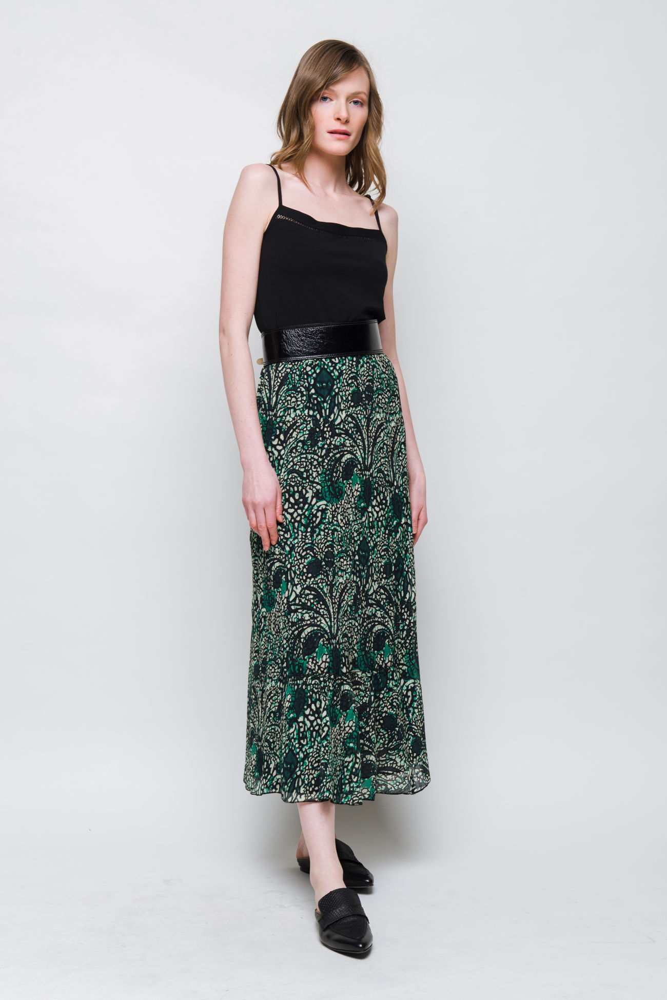 Long skirt with Paisley