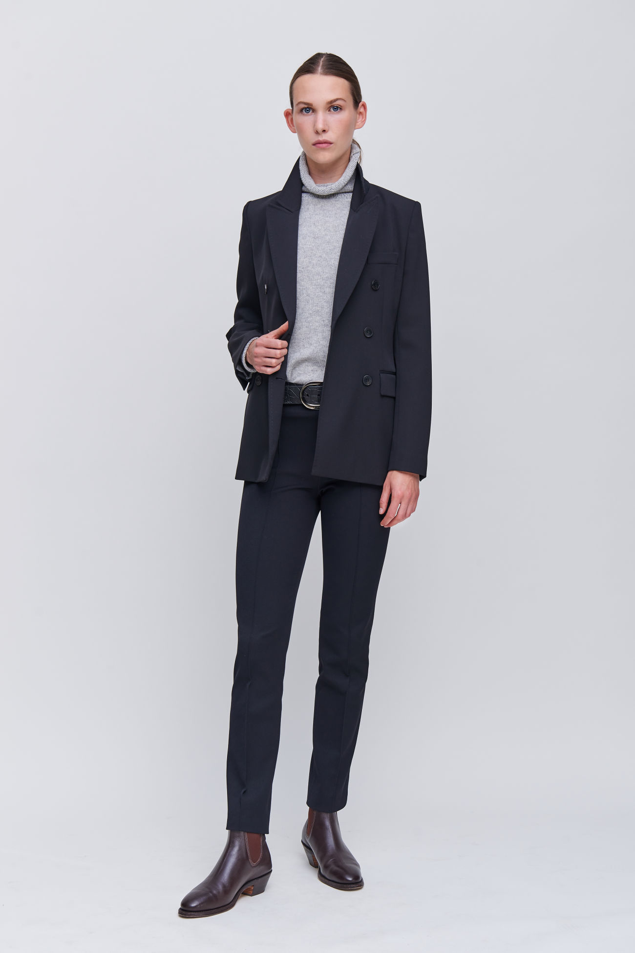 Plain trousers made of Cavalry twill