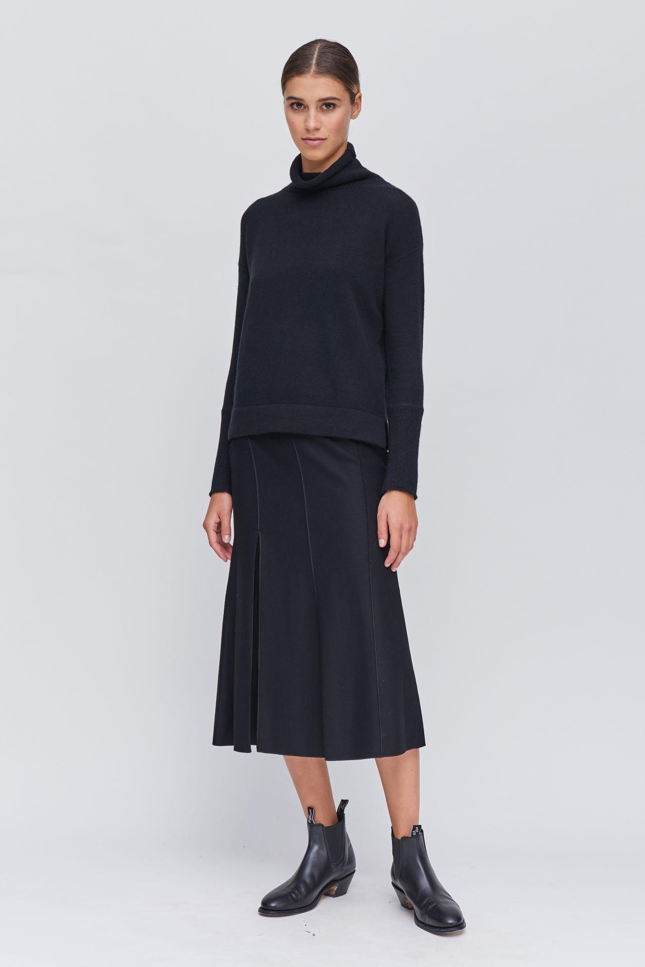 Luxurious skirt