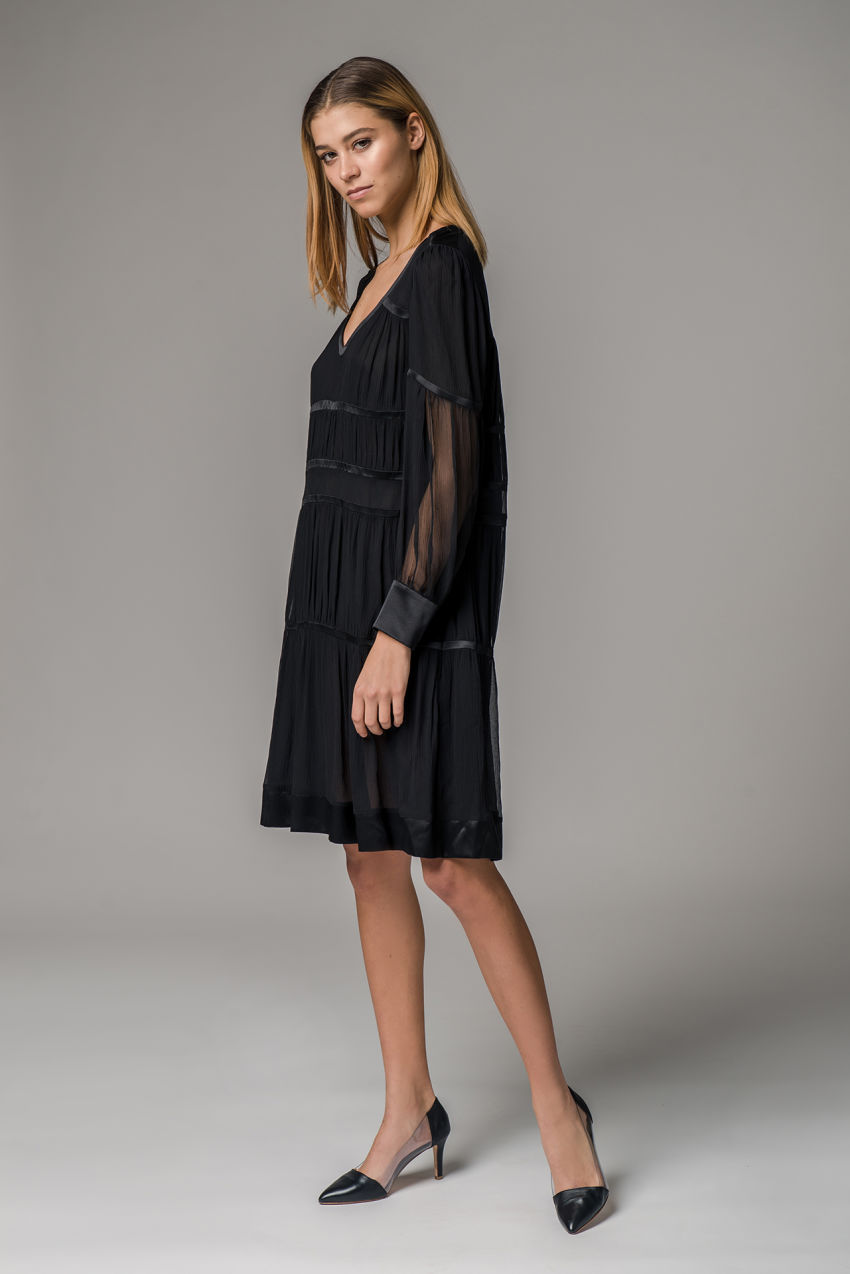 Kleid aus Seiden Crêpe