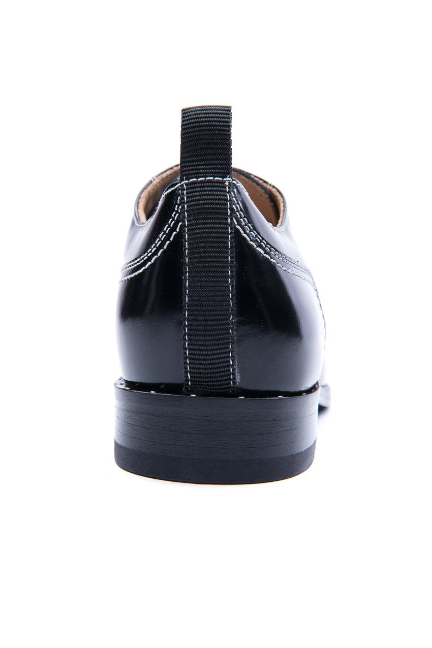 Brogues Schuh aus Leder