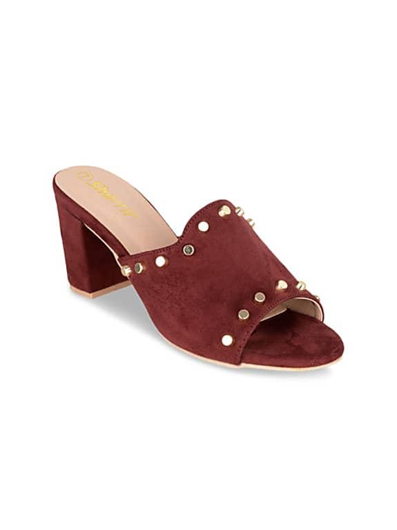 women maroon solid sandals