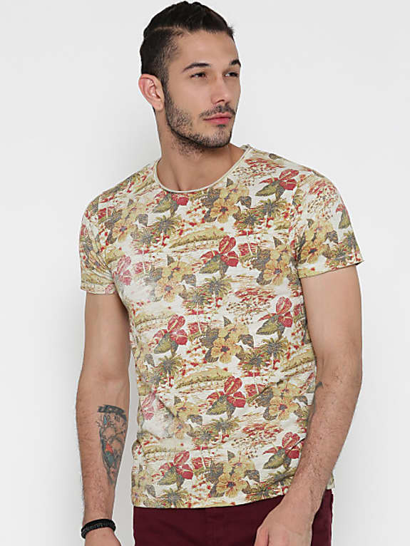 men off-white & olive green printed round neck t-shirt