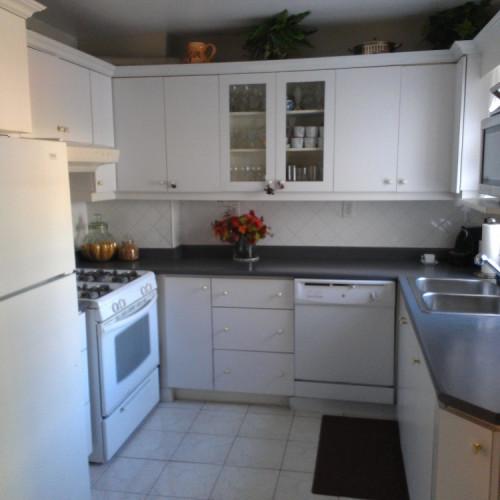 kitchen, common space