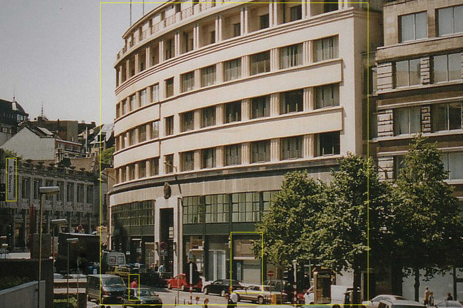 A view from Bidules Rue Ravenstein Bruxelles in the eighties, before it became a glasses store