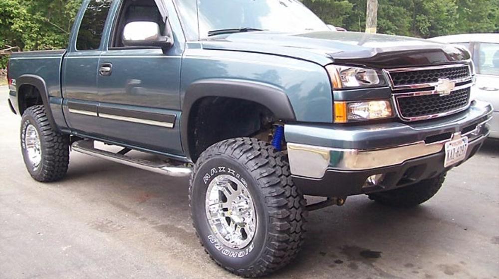 "2006 Chevrolet Silverado 1500 - 6"" Lift Kit image 1"
