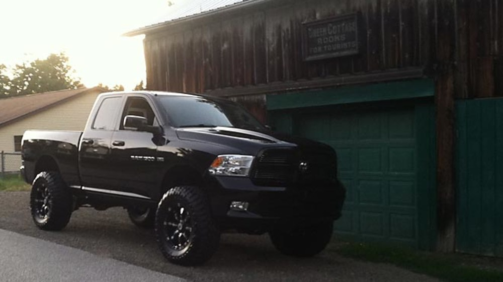 "2011 Ram 1500 - 6"" Lift Kit image 2"