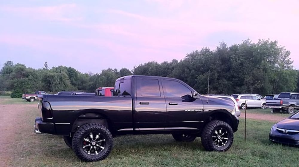 "2011 Ram 1500 - 6"" Lift Kit image 3"