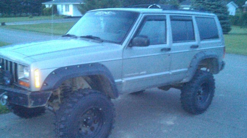 "2000 Jeep Cherokee (XJ) - 4.5"" Lift Kit image 1"