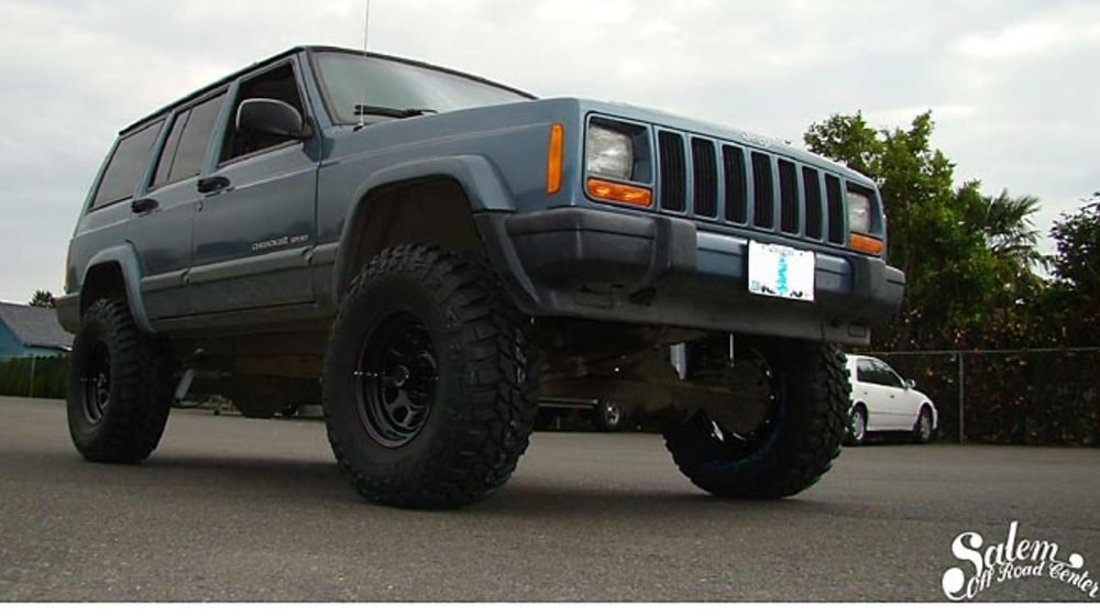 "1999 Jeep Cherokee (XJ) - 4.5"" Lift Kit image 1"