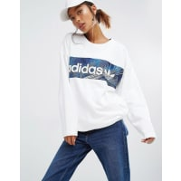 adidasOriginals - Sweatshirt mit Geo-Blockprint - Weiß