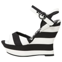 Alice & OliviaPre-Owned - Cloth Sandals