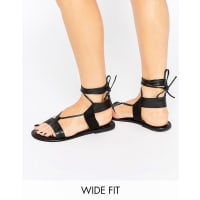 AsosFAIR GROUND Wide Fit Leather Flat Sandals - Black