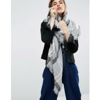 AsosOversized Square Scarf In Overprinted Dogstooth - Grey