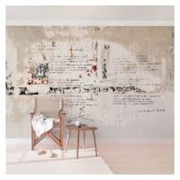 BilderweltenBeton Vliestapete Breit »Alte Betonwand mit Bertolt Brecht Versen«, grau, 190x288 cm, Grau