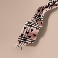 BurberryThe Classic Cashmere Scarf in Check and Hearts