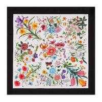 GucciSeidenschal mit Blumendruck