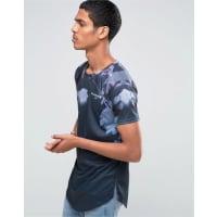 Illusive LondonLang geschnittenes T-Shirt mit neonfarbigem Folienprint - Marineblau