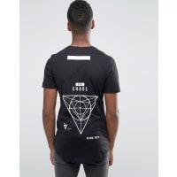 Jack & JonesLang geschnittenes T-Shirt mit Rundsaum und Print vorne und hinten - Schwarz
