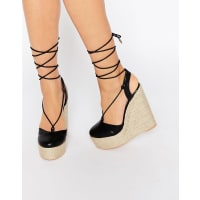 Lost Ink.Cory Black Ghillie Lace Up Wedge Sandals - Black