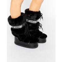 Love MoschinoBlack Faux Fur Snow Boots - Black 000