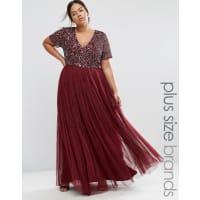 LovedrobeLovedrobe - Luxuriöses Maxi-Tüllkleid mit V-Ausschnitt und farblich passenden, feinen Pailletten - Rot