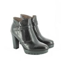 Tronchetti 19126 prodotti di 1432 marche stylight - Zalando scarpe nero giardini ...