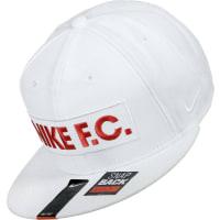 NikeF.c. Block True Snapback blanco rojo